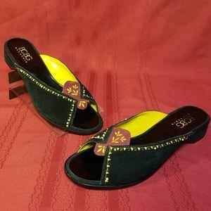 BCBG MaxAzria Slipper Sandals